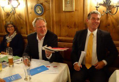 Alexander Müller und Dr. Ernst Böhm (von rechts)
