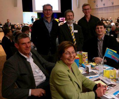 Unsere Delegierten (v.l.): Alexander Müller, Wolfgang Krause, Renate Will, unser Bundestagskandidat Peter Pernsteiner, Thibault Krause, Josef Vogl